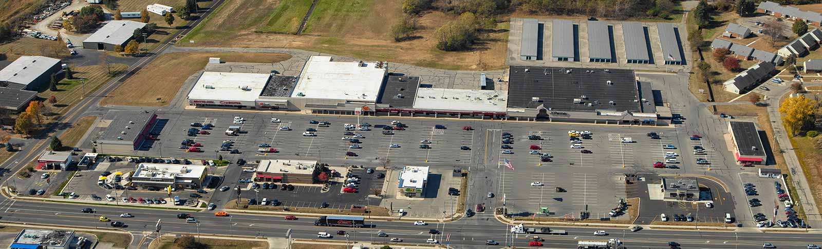 Aerial view of Fontaine Plaza in Bellefontaine Plaza, Ohio, part of The Leathery Company portfolio.