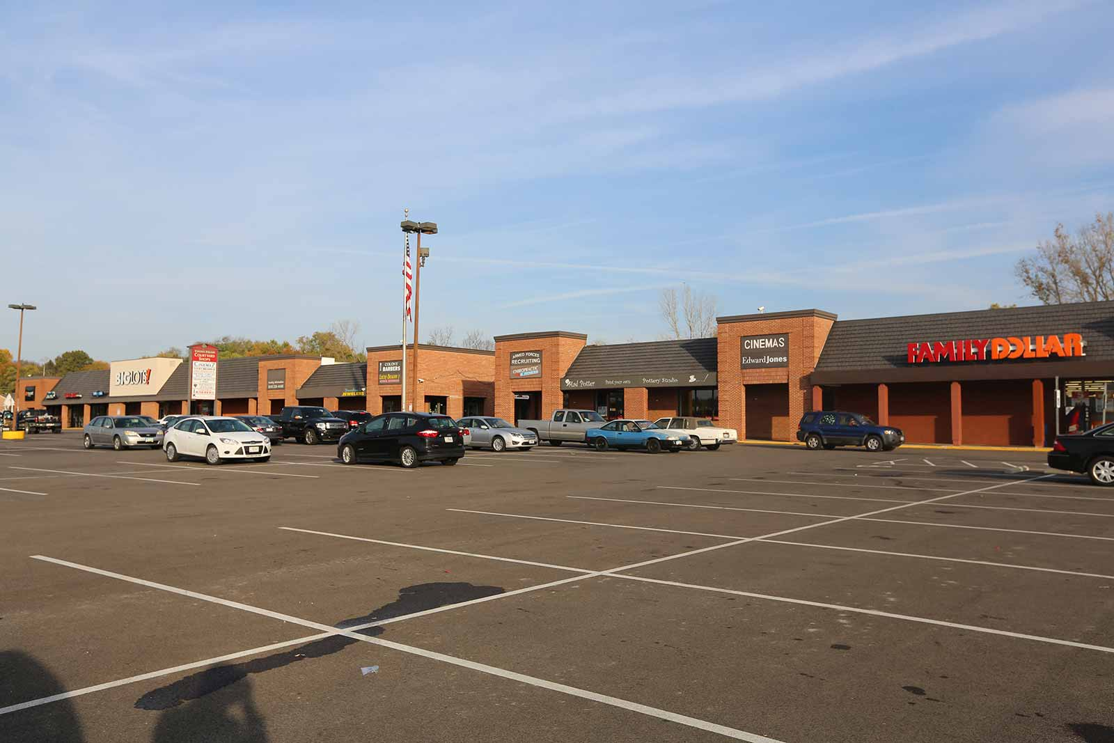 Street-level view of Colony Square in Lebanon, Ohio is part of The Leathery Company portfolio.